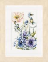 Un kit de broderie de chez Lanarte représentant des mésanges bleues dans un jardin fleuri.